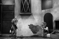 """Линии нашей памяти. """"Можно поросить Нину?"""" в Московском областном театре кукол"""