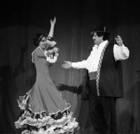 Подмостки для антиглобалистов. V Фестиваль-конкурс национальных театров «Москва — город мира»
