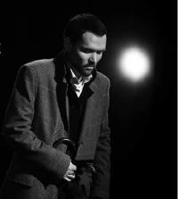 """В лабиринте смыслов / """"Бесы. Сцены из жизни Николая Ставрогина"""" (Театр на Малой Бронной)"""