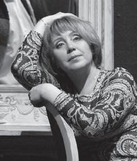 Самое время играть Горького. И Мольера / Ирина Майнулова (Москва)